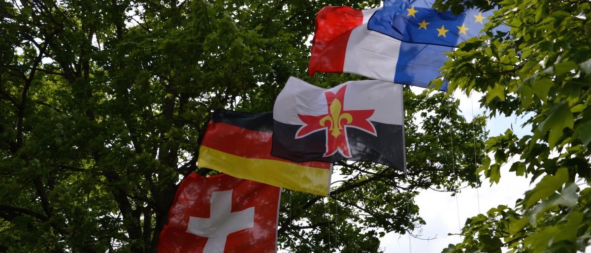 Permalien vers:Dimension européenne